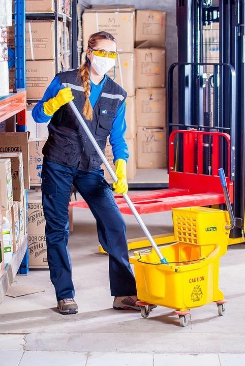 limpieza de almacenes en sevilla